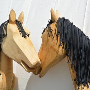2014-05-07-das-original-holzpferd-in-eiche