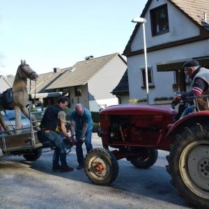 das-original-holzpferd-fuer-den-dahler-sagenwald